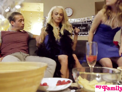 Dirty guy passionately fucks his two stepsisters in deepthroats and tight cunts